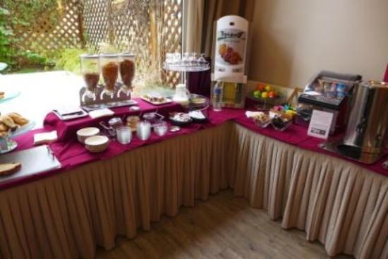 BEST WESTERN PLUS Hôtel du Parc : buffet petit déjeuner