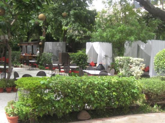 The Lodhi Garden Restaurant Delhi India Picture Of Lodi The