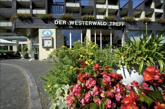 """Hotelpark """"Der Westerwald Treff"""": Mitten im Grünen"""