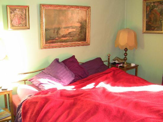 Slow Train Bed and Breakfast: la chambre