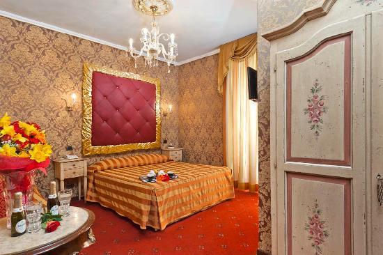 Hotel Relais dei Papi: camera