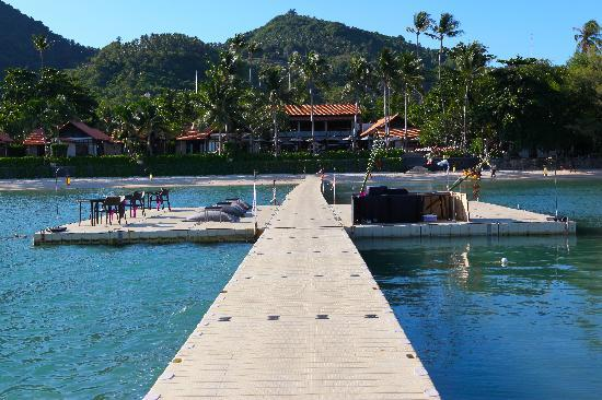 Le Meridien Koh Samui Resort & Spa: The hotel jetty