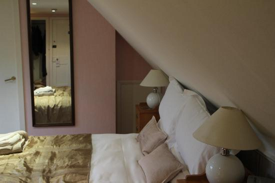 Rowan Tree Country Hotel: Chambre