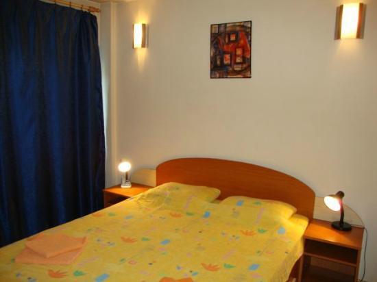 Cristal Accommodation: Bedroom