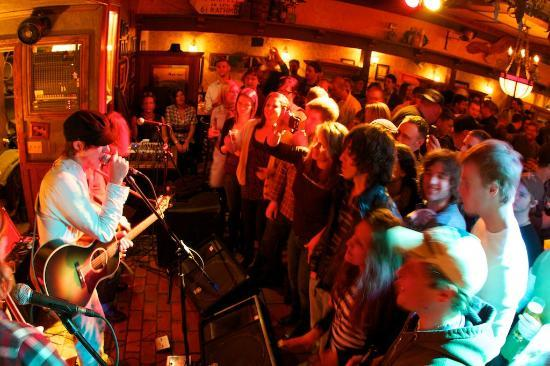 Paddy Flaherty's Irish Pub: The Band Current Swell from B.C.