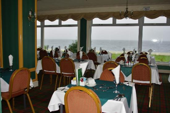 Selborne Hotel: sea views of clyde from dinning room