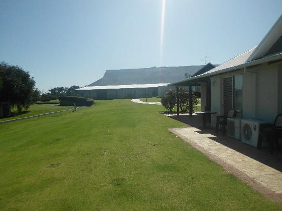 Mercure Sanctuary Golf Resort : Restaurant