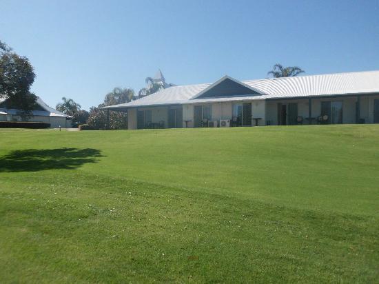Mercure Sanctuary Golf Resort: Hotel suites