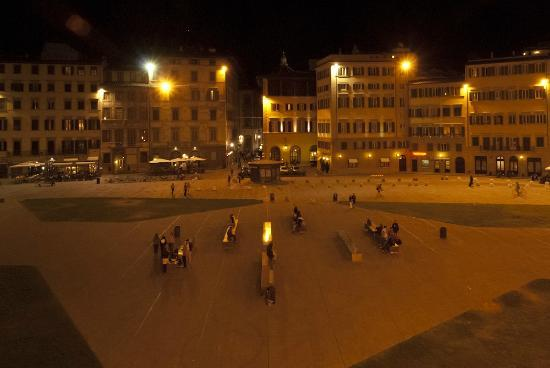 Grand Hotel Minerva: The square by night, view from room