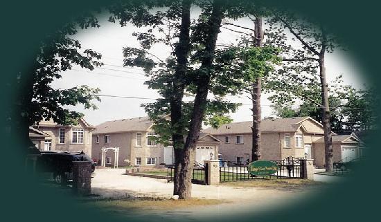 Wasaga River Resort Inc. : Gated Private Waterfront  3 - 6 bdrm Villa Resort