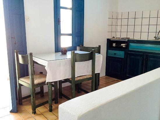 Oia's Sunset Apartments: Kitchen and Dining Area