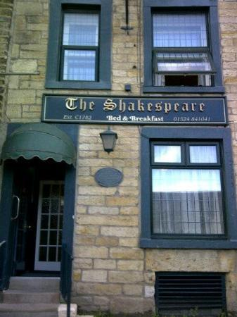 The Shakespeare Bed and Breakfast : External