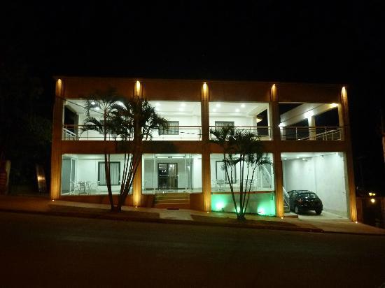 Hosteria Casa Blanca Iguazu: Nuestra nueva fachada