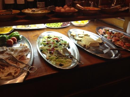 El Tiberi bufet gastronomía tradicional catalana: buffé
