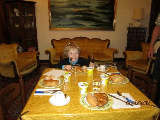 Bed and Breakfast Corte Campana: Breakfast