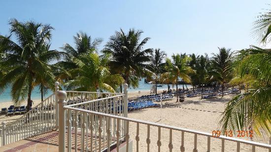 ClubHotel Riu Ocho Rios: view from loobby