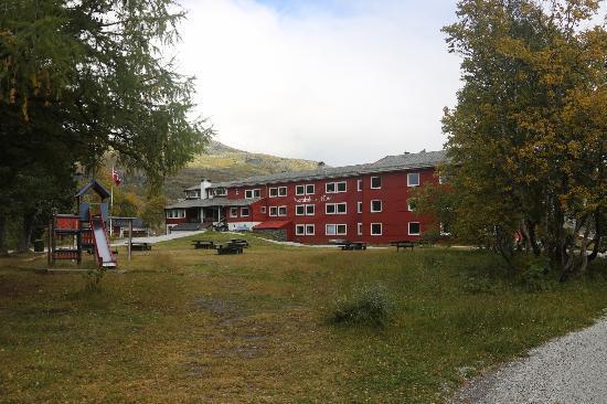 Vatnahalsen Hoyfjellshotell: Hotel view