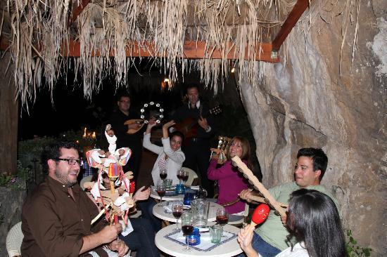 La Grotta dei Fichi: WE participated with the musicians 