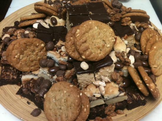 Community Cafe: Dessert tray