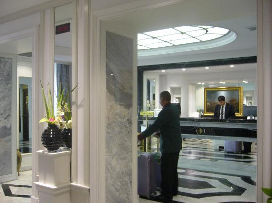 Hotel Imperiale: recepcion