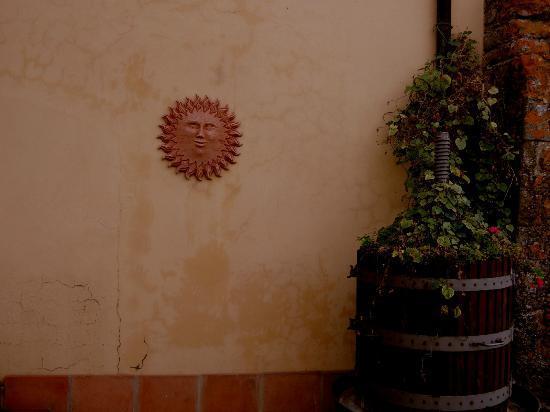 Hotel Villa Il Crocicchio: Artfully decorated