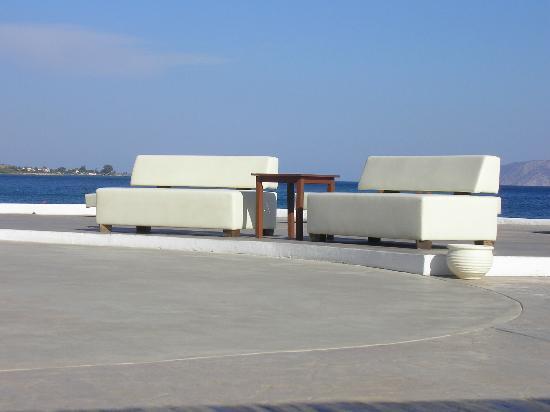 Barcelo Hydra Beach Resort: Terazza Byblos; il piacere del dolce far niente!