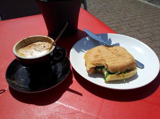 Urban Ground: coffee and a sandwich