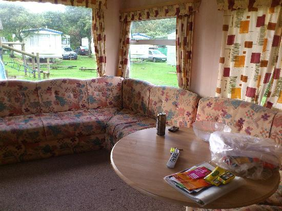 Parkdean - Holywell Bay Holiday Park: the living area