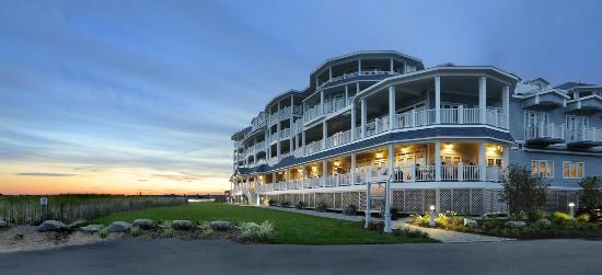 Madison Beach Hotel, Curio Collection by Hilton: Madison Beach Hotel Exterior