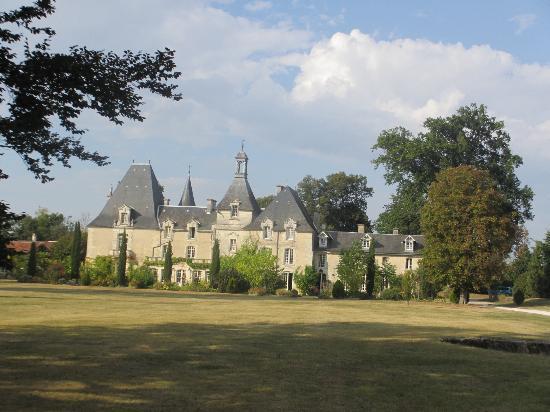 Chateau Le Mas de Montet: Le château coté parc