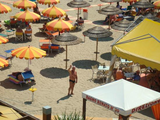 Hotel Cannes: EVARISTO in spiaggia