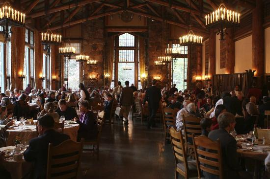 The Majestic Yosemite Hotel: The Grand Dining Hall