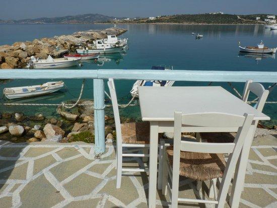 Aliki, Greece: Harbour side tables