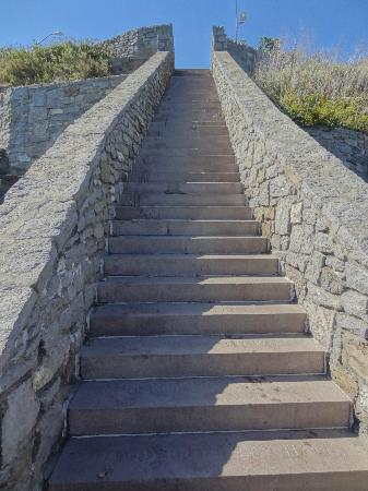 Samuel Durfee House: The 40 Steps (Cliff Walk)