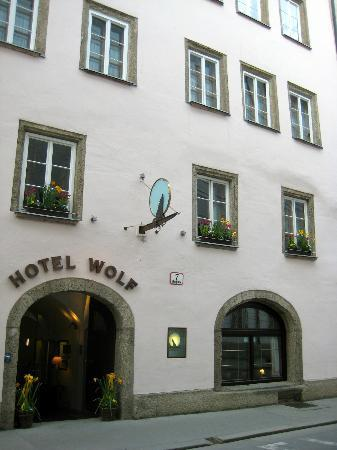 Hotel Wolf : Front of Hotel