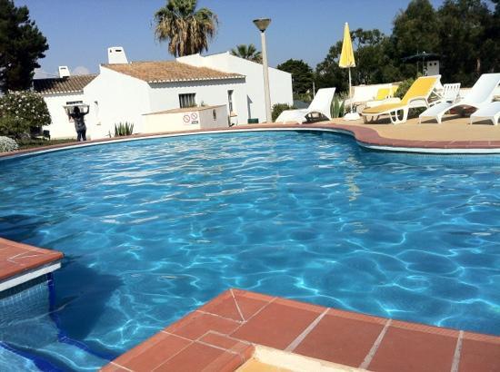 Apartamentos Turisticos Marsol: piscina:)