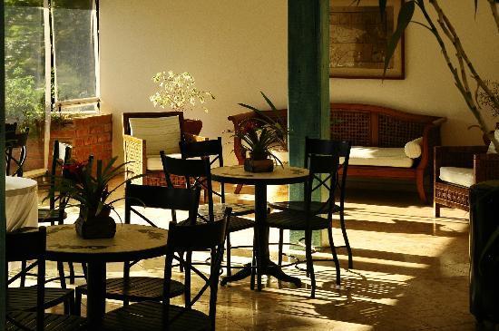 Hotel Fazenda Dona Carolina: Varanda do Piano's Bar
