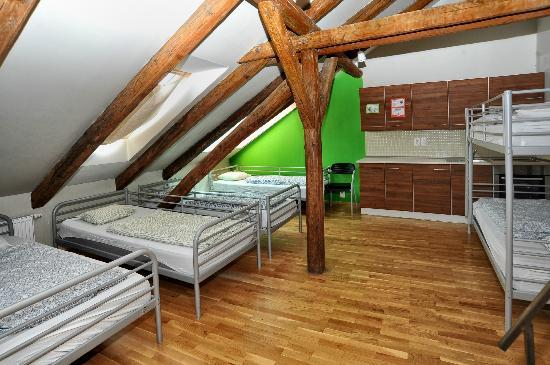 Hostel One Prague: Dormitory