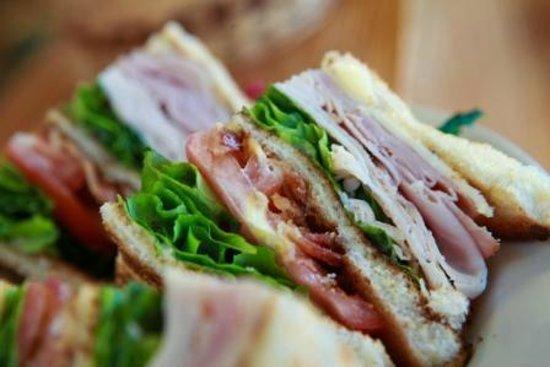 Peach's Ellenton: Traditional Club Sandwich