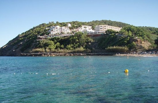 Playa de Es Figueral: Calla Verde Hotel from the beach