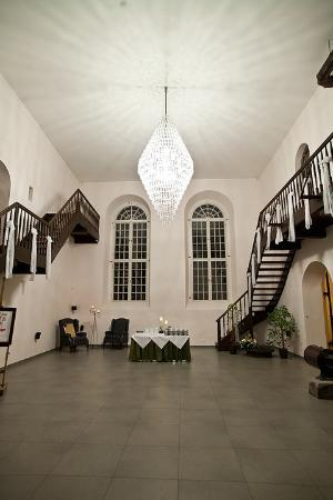 Mooste Distillery Guest House: Main hall