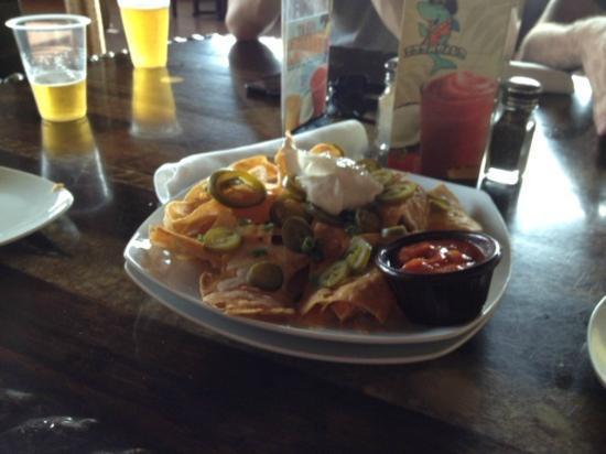 Sharkeez Tiki Bar : Nachos at Sharkeez