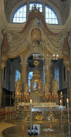 Basilika St. Mang: The main Altar