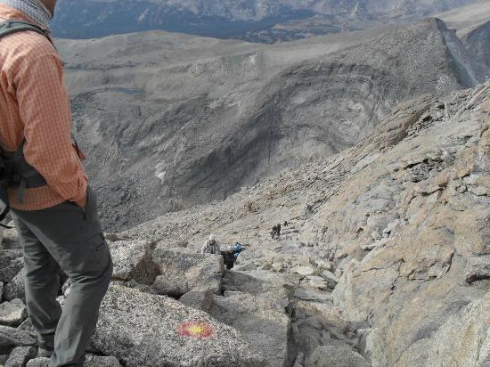 Longs Peak : Looking down the home stretch