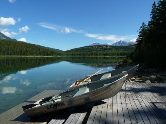 Patricia Lake Bungalows Resort: View from the jetty