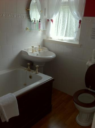 The Lagg Hotel: nice toilet