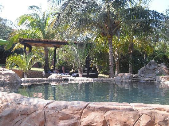 Zongoene Lodge: Poolbereich