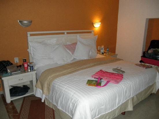 Occidental Costa Cancun: The room was nice and cozy