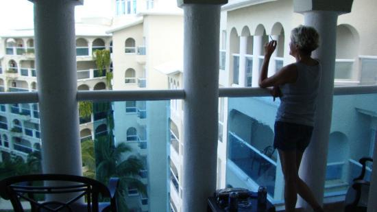 Occidental Costa Cancun: large balcony
