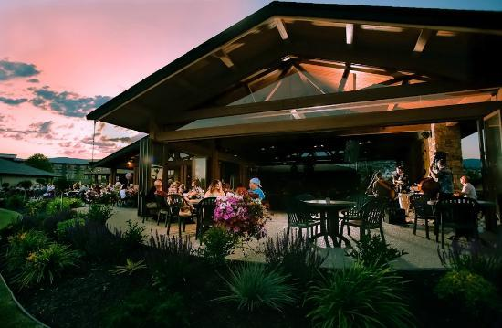 19 Okanagan Grill + Bar at Two Eagles Golf Course: Friday Night Jazz in our Summerhouse